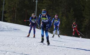 Vanja Kant, Hede SK, körde in på en fin tredjeplats i D16-17 efter stabilt skytte vilket den här dagen var fem bom.