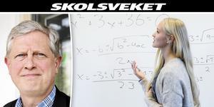 Thomas Winqvist (till vänster) är förbundsdirektör för Hälsinglands utbildningsförbund. Kvinnan till höger har inget med artikeln att göra. Foto: Olle Nordquist/ Berit Roald / NTB scanpix / TT.