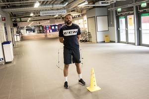 Jesper Gillerås berättar om det nya försäsongsupplägget som klubbens general manager Thomas Johansson tagit med sig från tiden i Djurgården.