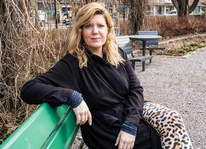 """""""Vi tar ställning för gemenskap, kärlek och allas lika värde. Mot rasism, nazism och diskriminering"""" säger Angelica Andersson."""