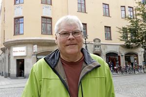 Gert Hansson, 63 år, Örebro:- Ja, jag röstade i tisdags. Det var den gamla vanan som fick bestämma var jag lade min röst.