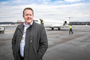 Flygplatschefen på Sundsvall Timrå Airport, Frank Olofsson, säger att Nextjets konkurs betyder att det blir dyrare att driva flygplatsen i år.  Bild: Viktor Sjödin