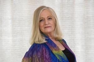 Doris Dahlin räknar sig som arbetarförfattare och skriver bland annat om en papperslös migrantarbetare i nya romanen. Bild: Jan-Åke Eriksson