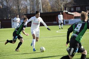 Ahmed Awad in Dalkurd's game against GAIS on Saturday. Dalkurd won 1–0 and secured a spot in the Swedish Premiership next season.