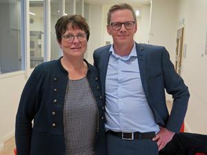 """Kerstin Lindberg och Anders Mörck saknar långsiktighet i skolvärlden. """"En ny politisk ledning ger nya käcka linjer med snabba förändringar"""", säger de."""