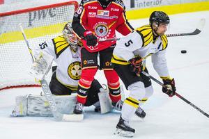 Lukas Kilström och David Rautio, två av spelarna som representerat båda klubbarna. Bild: Simon Eliasson/Bildbyrån.