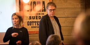 Anna Romson (ej på bild) har tillsammans med Krister Insulander (till höger) plockat fram ett utkast på ett manifest som ska ringa in föreningens röda tråd för vägen framåt.