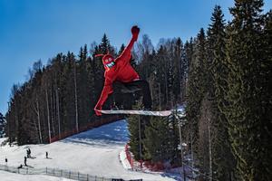 Många skickliga snowboardåkare fanns på plats under långfredagen.
