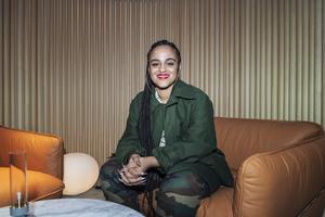 Seinabo Sey fotograferad när Årets Grammisnomineringar tillkännagavs under en pressträff i Volvo Studio i Stockholm, december 2018. Bild: Stina Stjernkvist/TT.