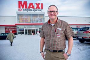 Magnus Winges, nöjd Ica-handlare i Härnösand.