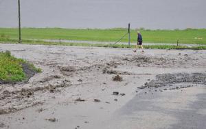 Det är den största översvämningen på flera år i Åre. Och regnet ska fortsätta ett dygn till...