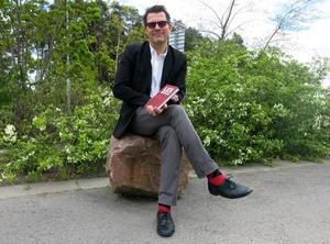 """Staffan Gullsby är aktuell med sin första bok, spänningsromanen """"Lex Duplex""""."""