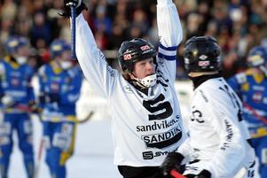 Måljubel. Det har blivit en hel del mål för Niklas Spångberg. Bilden från 2003.