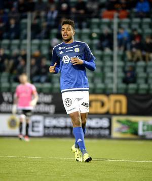 Noah Sonko Sundberg slog till med ett otroligt vackert mål mot Östersund. Nu spelar han i Jämtlandsklubben. Foto: Håkan Humla.