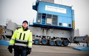 """""""Det är en fråga mellan honom och oss"""" säger Robert Tingvall, vd för Södertälje hamn."""