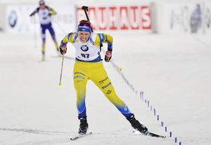 Elvira Öberg under sin debut i Östersund. Foto: Anders Wiklund/TT.