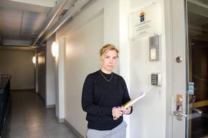 Karin Everitt, åklagare i Sundsvall, säger att hon inte hittat någon koppling mellan de två männen som misstänks för våldtäkt på samma barn.