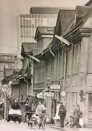 Stora gatan österut 1965. Innan Punkt fanns.