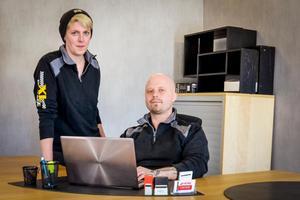 Emma Tjärnlund och Mattias Mattsson lägger ner många av dygnets timmar för att utveckla XL Garage. Här ses det nya kontorsutrymmet på det övre planet.