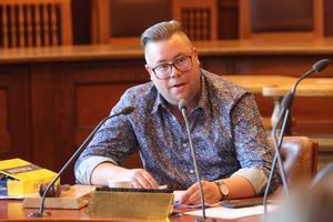 Joel Nordkvist (M) kunde efter två timmars intensiv diskussion lotsa fram omröstningsförfarandet så att de borgerligas förslag gick igenom.