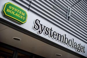 Både Systembolaget och gårdsförsäljning kan bidra till en sundare alkoholkultur, menar Magnus Ekblad (C).