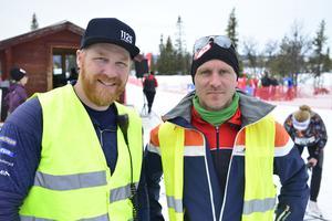 Jonny Larsson och Robert Stark från Lofsdalens SK var tävlingsledare.