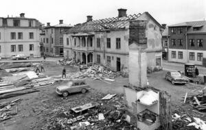 Början på 1960-talet. Prästgatan, där sedan Domushuset, sedermera Mittpunkten, byggdes.