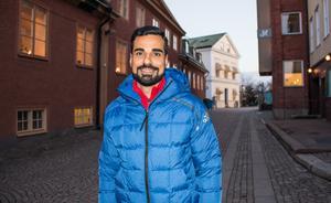 Mohammed Al-Hakim dömer fotboll på elitnivå. Nu ska han även döma i