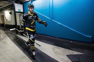 Simon Fernholm tvingas vila ytterligare en tid. Foto: Kenta Jönsson / Bildbyrån