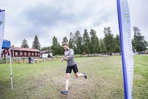Niklas Eriksson från Ljusdal kom tvåa totalt på sex kilometer, men först av herrseniorerna.