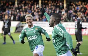 IK Brages anfallare, Christain Kouakou jublar efter ett av sina mål under säsongen.