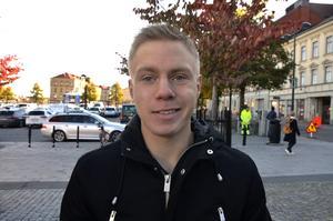 Linus Westfal, 17, studerande, Alnö: