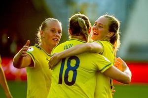 Fridolina Rolfö stod för två av Sveriges mål mot Ryssland.