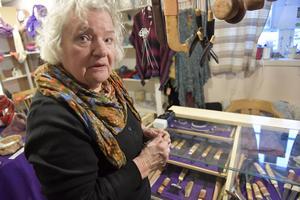 Anita Holpers får inte längre sälja tvålar hon tillverkat i liten skala för Läkemedelsverket.