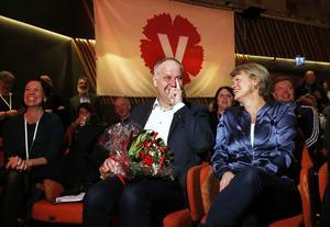 så sent som 2018 blev Jonas Sjöstedt omvald som ordförande. Han och Ulla Andersson kunde se tillbaka på en lyckad mandatperiod. Foto: Linn Malmén / TT