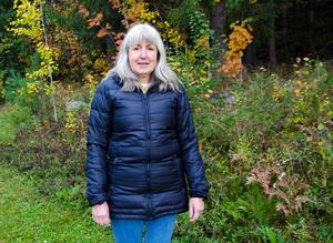 Ett av Tinas favoritintressen är att vara ute och vandra i naturen.