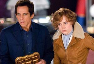 """Ben Stiller och Amy Adams har fin kemi i """"Natt på museet 2"""". Filmen är en lättglömd men inte helt charmig bagatell för den äldre publiken .Foto: Twentieth Century Fox"""