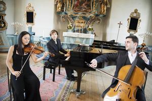 Byol Kang, Martin Klett och Charles Antoine Duflot under Stöde Musikvecka 2014. Men kommande sommar blir det ingen musikvecka.
