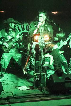 Det svängde fint om Moonshiner från Götborgs metal med banjoinslag.