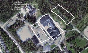 Föräldrarnas förslag.  Barnen går kvar i den gamla byggnaden medan en helt ny skola byggs upp bakom. När den är klar rivs gamla skolan och ersätts med en skolagård. Den gamla skolgården löser sedan parkeringsproblemen vi Sparbankshallen.