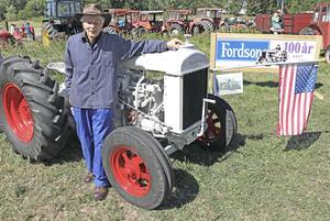 Traktormärket Fordson firar 100 år i år. Torsten Elisson kan det mesta som man kan veta om Fordson-traktorer.
