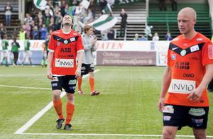 Förlust. Stefan Bärlin deppar efter nederlaget på Domnarvsvallen i lördags. FOTO: PER GROTH