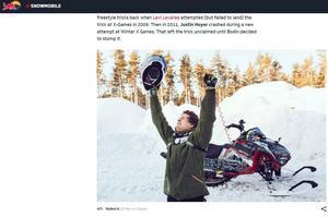 Daniel Bodin jublar efter att ha klarat av världens första dubbla bakåtvålt på snöskoter.