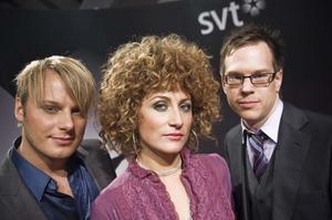 """Juryn. Magnus Carlsson, Anna Mourou, och Thomas Deutgen är juryn i SVT:s nya lördagssatsning """"Dansbandskampen"""". Programmet har premiär 18 oktober."""