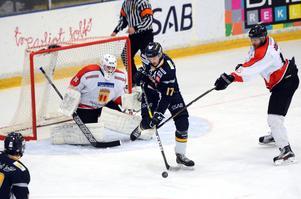 Erik Pers gjorde jobbet framför mål och fick se skottet från Pontus Broeng leta sig förbi Åker/Strängnäs-målvakten fram till 7–0.