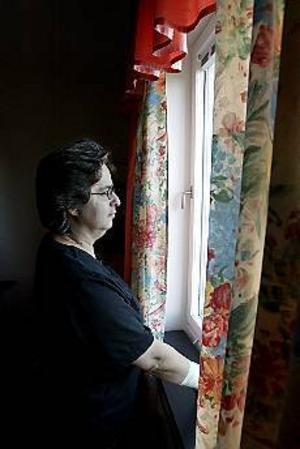Foto: LEIF JÄDERBERGVan att vänta. Strokedrabbade Agneta Krantzs hemtjänsthjälp har uteblivit både en och två gånger. I somras gick det åtta veckor innan hon fick hjälp med städning. Personalen hann helt enkelt inte med och prioriterade andra i stället.