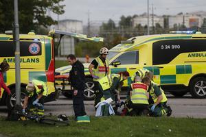 En person är påkörd vid Hammarbyrampen i Västerås.
