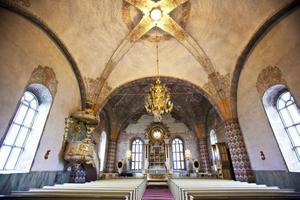 Folk fortsätter att gå ur svenska kyrkan. Församlingarna i Ljusdals kommun är inget undantag.