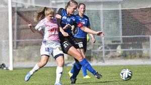 Forsby slutar på sjunde plats i div 2 mellersta Svealand. Sara Stargård har varit en viktig spelare för laget under säsongen, enligt lagledaren Per Andersson.