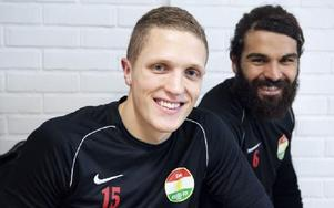 Alexander Ekblad och Peshraw Azizi har spelat i Dalkurds samtliga tävlingsmatcher mot IK Brage.